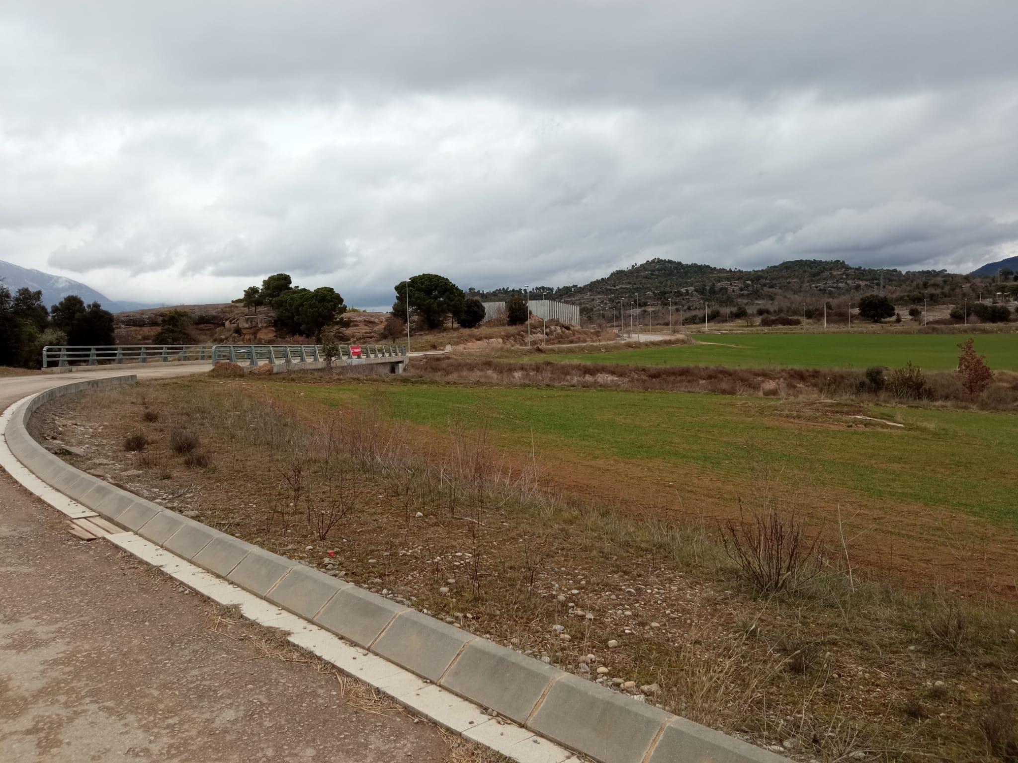 Terrenys del polígon comarcal d'Olvan