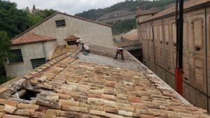 Treballs a l'edifici del Batan i Cardes de Puig-reig